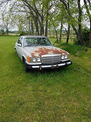 1975 Mercedes Benz 450sel part out