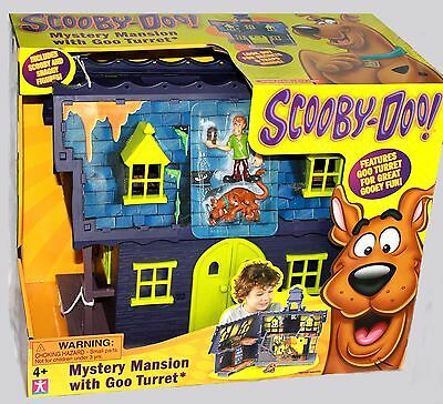 Scooby-Doo Mystery Mansion w Goo Turret (Includes Shaggy & Scooby Figures) NEW