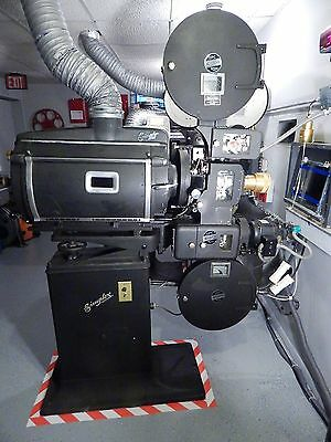 35MM VINTAGE 1930's SIMPLEX FILM REEL MOVIE THEATER  PROJECTOR, MUSEUM QUALITY