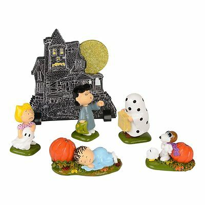 Dept 56 Peanuts Halloween Snoopy Haunted House Figurine, Set of 6 New in Box