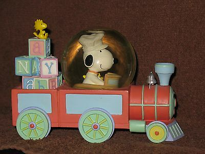 Peanuts Snoopy Westland Baby Snoopy Water Globe Train With Woodstock #8604