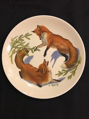 Halbert's Inc 1977 Limited Ed Foxes & Evergreen Christmas Plate Edward J. Bierly