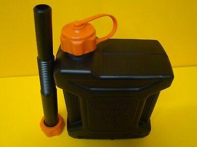 GIVI TAN01 Homologated Jerry can 2.5 L for the Transportation of Fuel Water Oil