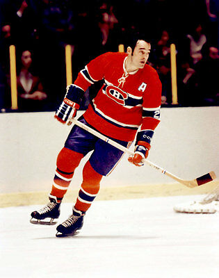 Frank Mahovlich  Montreal Canadiens Unsigned 8x10 Photo