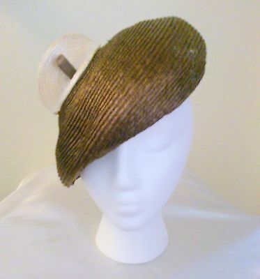 Vintage 1950's Woven Straw Brown and Tan Beret Style Hat