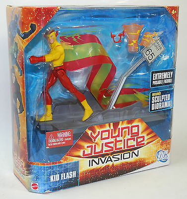 "DC Universe Young Justice Invasion Flash w Sculped Diorama 6"" W7720 Mattel"