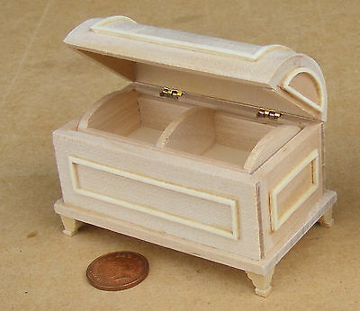1:12 Scale Natural Finish Wooden Chest Trunk Tumdee Dolls House Miniature 078
