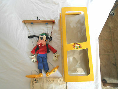 Pelham Disney Goofy puppet 1970's in original box England