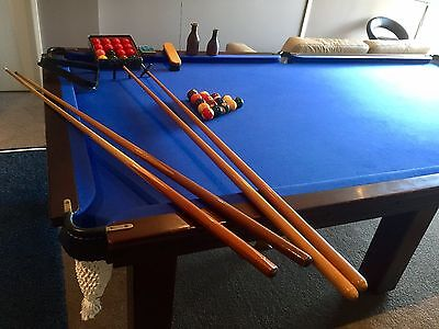 9 Foot Superior Quality Slate Top Billiards/Pool Table