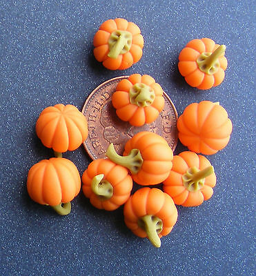 5 Small Pumpkins Dolls House Miniature Kitchen Garden Vegetable Food Accessory