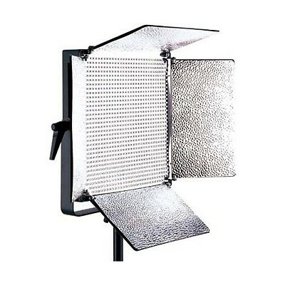 Falcon Eyes Studio LED Lamp Dimmable LP-D1000U on 230V with Bandoor