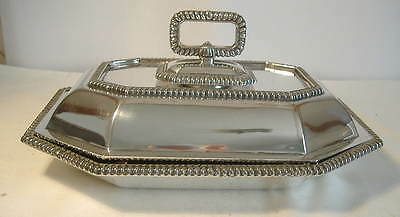 Walker & Hall Silver Plated Entree Dish