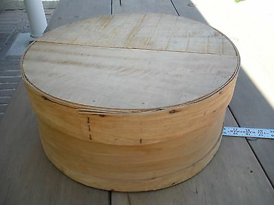 """Vintage Primitive Round Bentwood Pantry Box & Lid 16"""" Across & 7 3/4"""" High"""