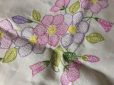 Gorgeous Large Square Vintage Hand Embroidered Cream Irish Linen Tablecloth VGC