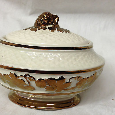 Wade Pottery England Sugar Bowl & Lid Embossed Copper Luster Grapes Leaves