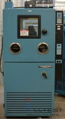 Thermotron SM-8C Temperature/Humidity Environmental Chamber (-77°C to 177°C)