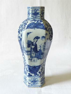 Fine Quality 19Th C Chinese Blue And White Hexagonal Shaped Vase