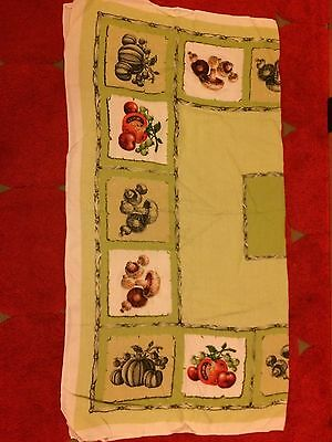 Vintage Irish linen table cloth 120x126cm tomato mushroom green white Dunmoy
