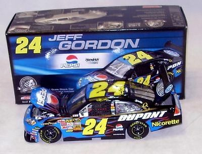 Jeff Gordon #24 Pepsi 2008 1/24 Scale NASCAR Diecast