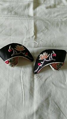 Embroidered Chinese tiny shoes