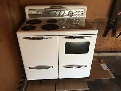 1940's - 1950's Kalamazoo Thermagic Electric Vintage Range Stove