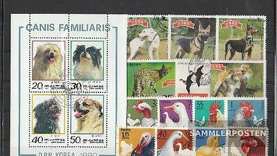 Thematics 50 different Animals stamps  in complete Expenditure