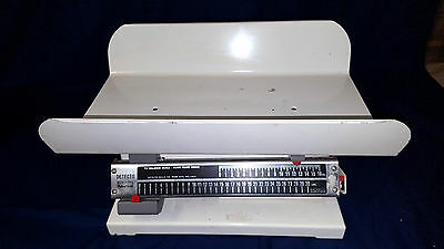 Detecto Doctors Baby Infant Scale 30 Pound Pediatrician Nursery Veterinarian
