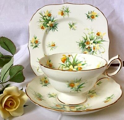 Hammersley Daffodils Footed Cup Trio C 1932