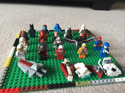 20 Mixed Lego Minifigures and 4 Small Ships