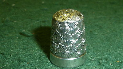 Hallmarked 1928 Solid Sterling Silver Ornate Henry Griffiths Thimble
