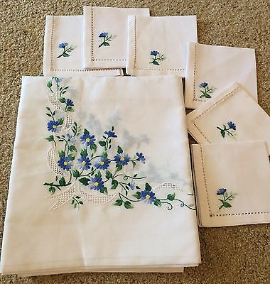Vintage Embroidered Table Cloth with 6 Matching Napkins, Blue White Floral Set