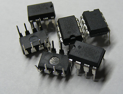 NE555 / NE555P / 555 Timer IC - 8 pin DIL - Pack of 10