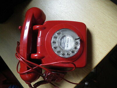vintage red GPO dial up phone YEOMAN STYLE  706 MODEL 1980 ERA