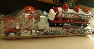 2002 Texaco Flatbed Truck with 3 Done Train Car Load, Limited & Rare by Taylor