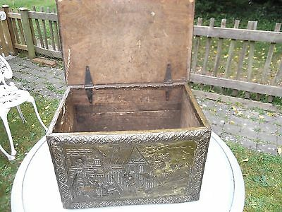 Vintage English Brass Covered Wood, Log Or Coal Box Chest Storage With Lid
