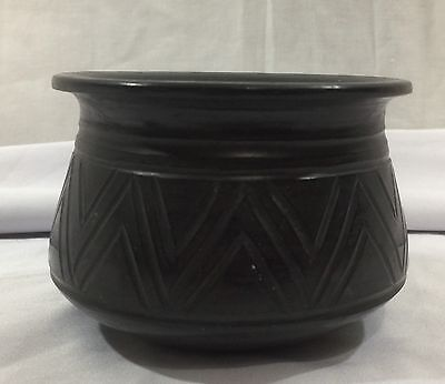Vintage Native American Pottery Black Unsigned Small Dish Bowl