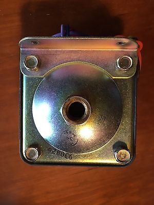 Barksdale D2S-H10 Pressure/vacuum Actuated Switch New