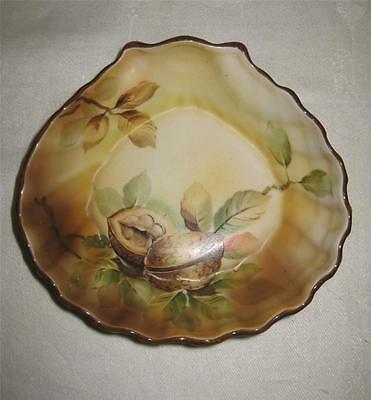 antique NIPPON SHELL SHAPED BOWL Dish WALNUT Decoration Noritake hand painted