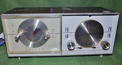 Vintage Philco AM/FM Clock Tube Radio Model 27-11271-1 Working Condition 1960s