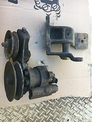 Early Power Steering Pump & Bracket 2h Hj47 Fj45 Fj40