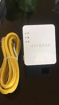 2 x European Netgear 200 Mbs Nano Powerline  Powerlan Network Adapter XAV2101 V2