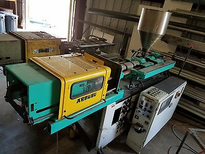 (2) 1978 Arburg Allrounder 221E/221 350 kN/38.5 Ton Injection Molding Machines