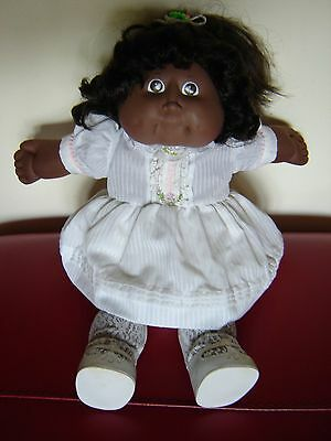 "Vintage cornsilk Cabbage patch kid doll AA. 17"" tall. Original outfit and shoes."