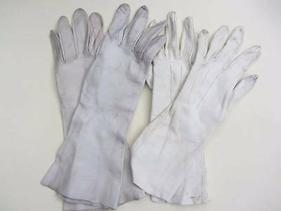 2 pairs of vintage soft kid leather gloves ladies gauntlettes driving 1940's cre