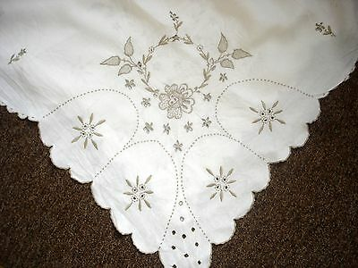 Vintage White Linen Madeira With Beige Embroidered & Cutwork Flowers Tablecloth