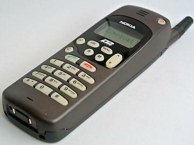 Nokia 1610 Classic Cell phone with Accessory Pack