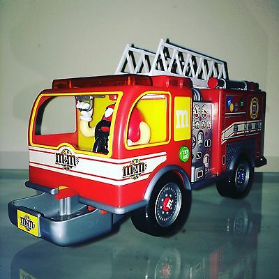 2011 M&M'S Fire Truck Candy Dispenser With Sound! WORKS!