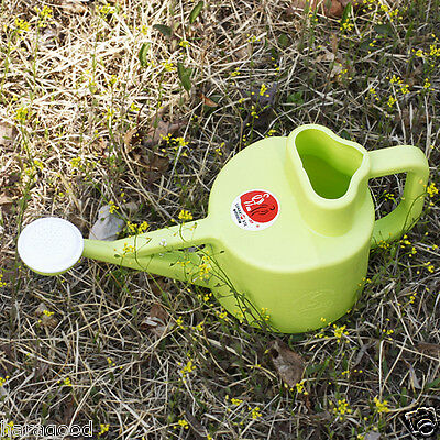 Watering Can With Handle Tight Fountain Hole Spacious Entrance Easy to Use HA