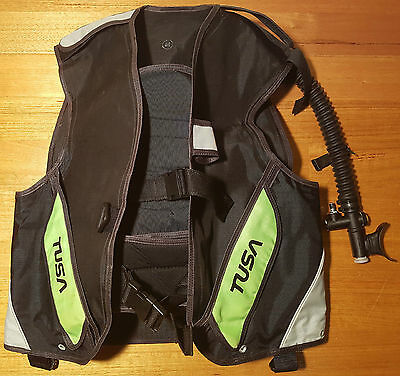 Tusa Mens Size M BC BCD Scuba Dive Diving with Tusa Breathable Inflator