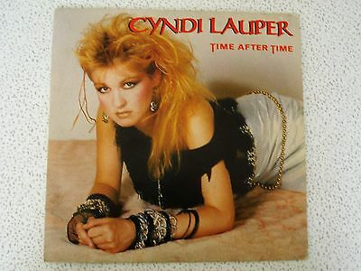 CYNDI LAUPER time after time / i'll kiss you 45 giri